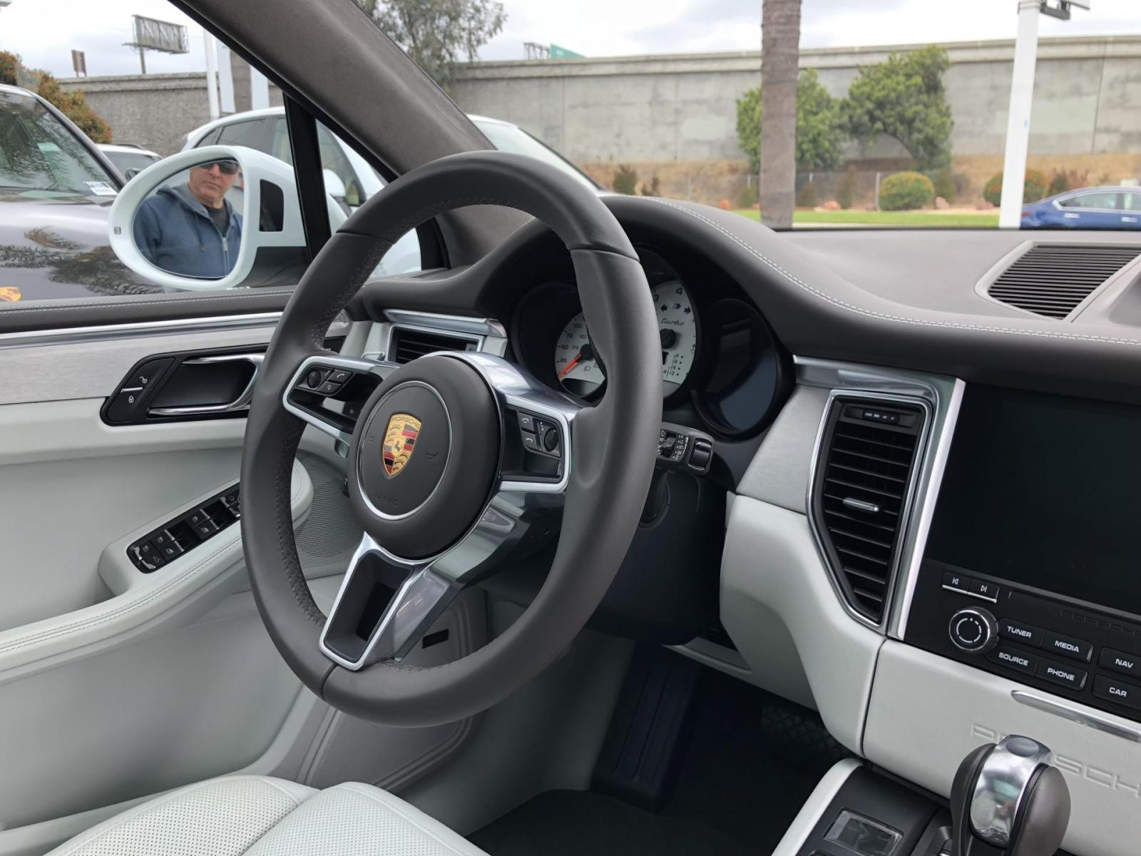 Pebble Grey And Agate Grey Interior Colors Porsche Macan Forum
