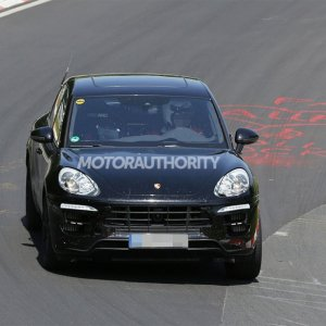 2015 Porsche Macan Turbo Spy Shot Front