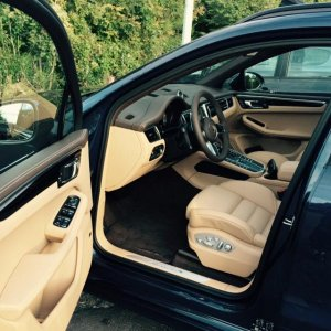 1st photoshoot - Saddle Brown/Luxor Beige interior with Dark Blue exterior